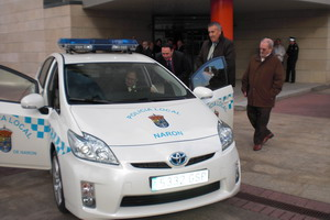 PRESENTACION DO NOVO VEH�CULO H�BRIDO DA POLICIA LOCAL DE NARON